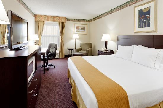 Holiday Inn Express Vernon: King Room