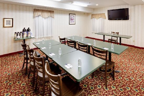 Holiday Inn Express Vernon: Small Meeting Room