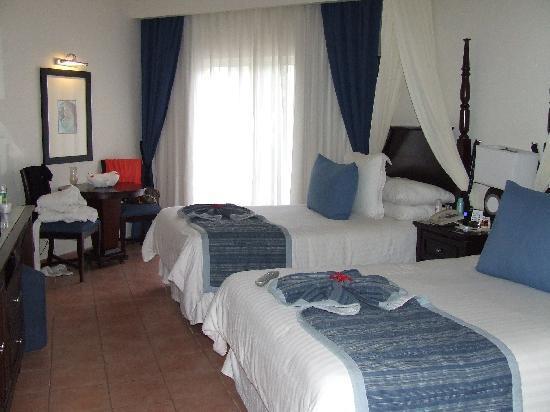 Dreams La Romana Resort & Spa : our room