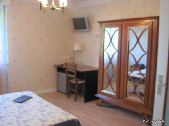 Hotel de la Corniche : Bedroom