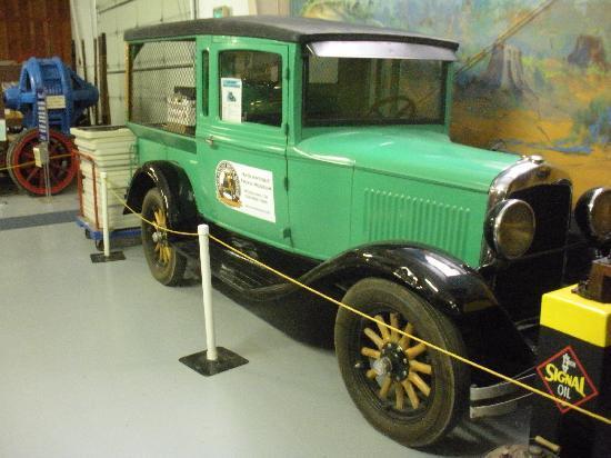 Antique Powerland Museum: truck