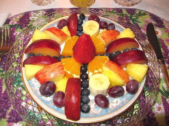 Eagle's View Bed and Breakfast, LLC: Start your day with a fresh fruit plate and coffee or tea