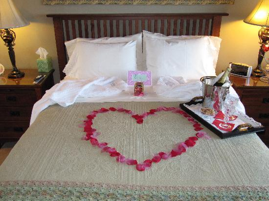 Eagle's View Bed and Breakfast, LLC: We love special occasions!
