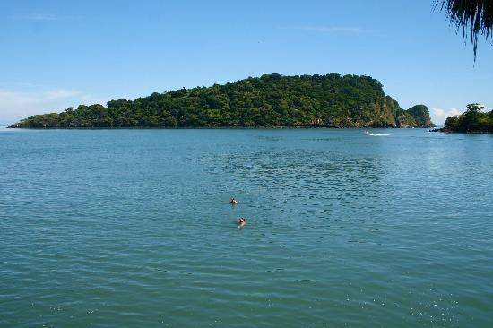 Meanguera del Golfo, Salwador: Swimming to/from nearby island