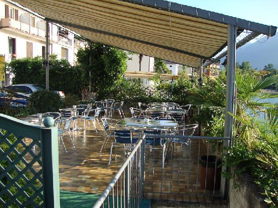 Hotel Garni Battello: the terrace
