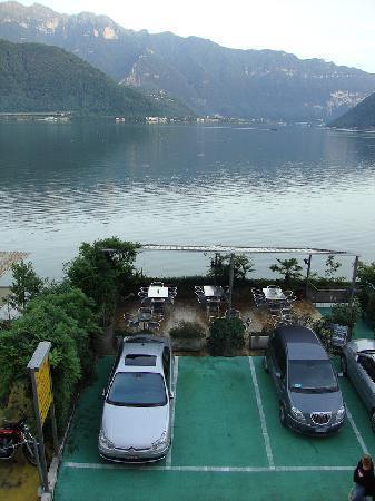 Hotel Garni Battello: the car park