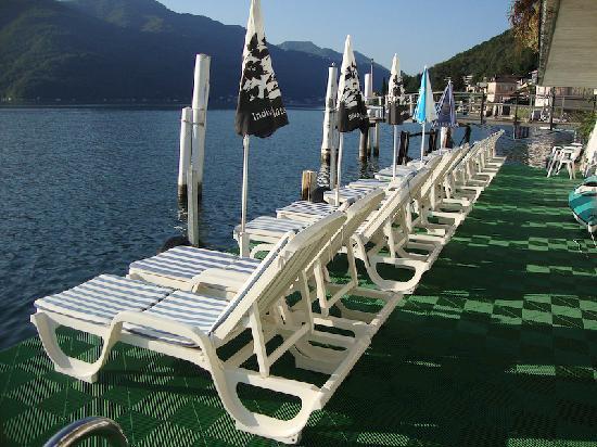 Hotel Garni Battello: sunning deck
