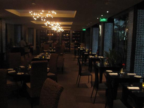 Tribe Hotel: Restaurant
