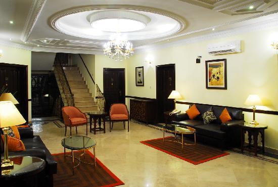 Avari Xpress Islamabad: Lounge