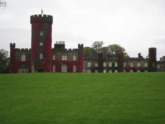 Swinton Park Country Club and Spa : A view of the castle/hotel