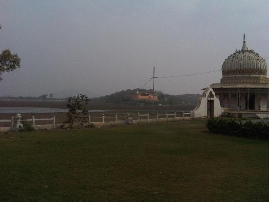 Phool Mahal Palace Lawns View