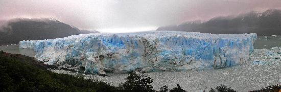 EOLO - Patagonia's Spirit - Relais & Chateaux : The Perito Moreno glacier