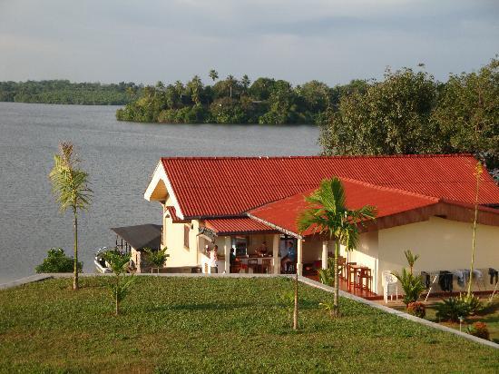 Kalla Bongo Lake Resort: Uitzicht vanaf boven