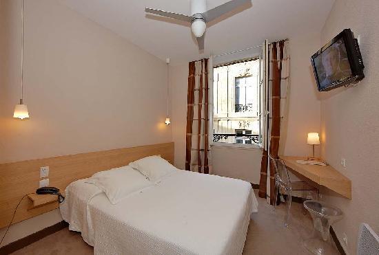 Hotel gambetta updated 2017 reviews price comparison for Chambre artisanat bordeaux