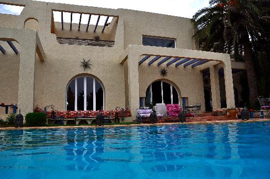 Villa Riadana : la piscine, température de l'eau 28°C