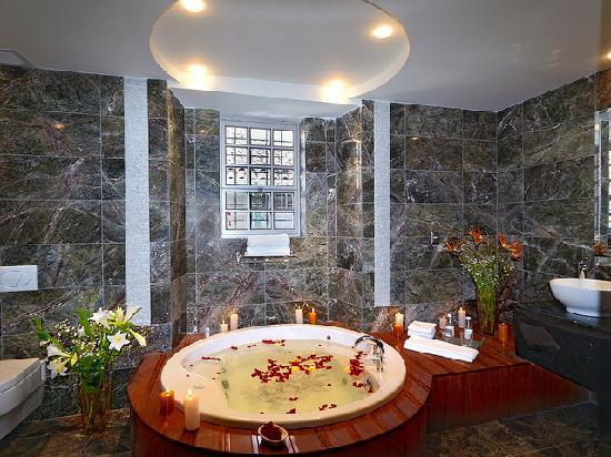 Luxury Bathroom - Picture Of Aranwa Cusco Boutique Hotel, Cusco