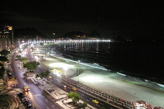Rio Guest House ( Marta's Guest House): Vue de Copacabana depuis la terrasse