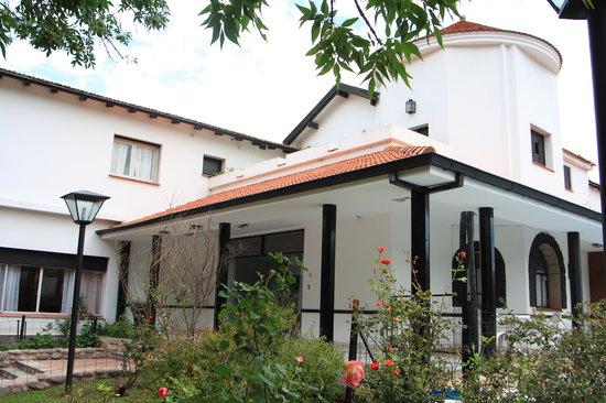 Sol Y Sierras Hotel