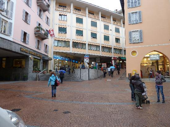 Lugano Dante Center Swiss Quality Hotel: Right on the town center