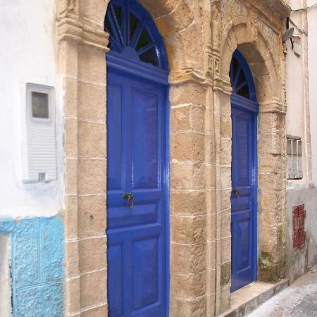 Chez Rebecca: Entrance