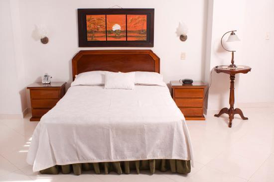 Hotel Florida: Habitacion