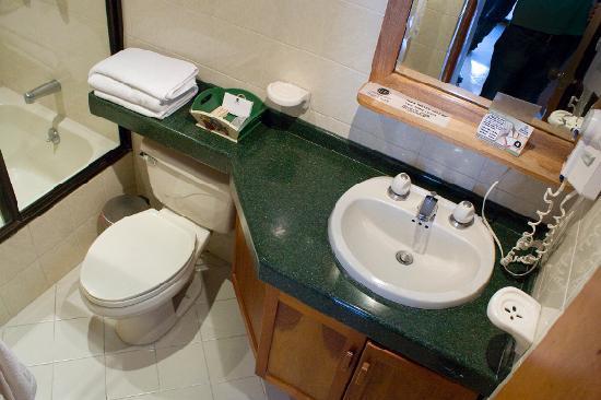 Hotel Florida: Baño