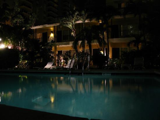The Shell Resort: The Shell at night at the pool