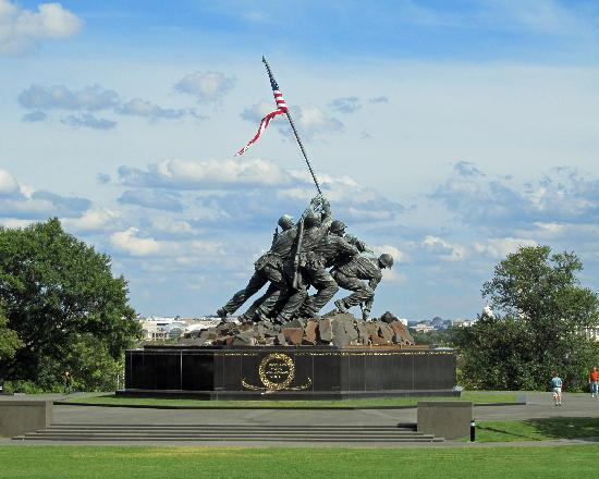 Washington DC, DC: USMC Memorial, Arlington