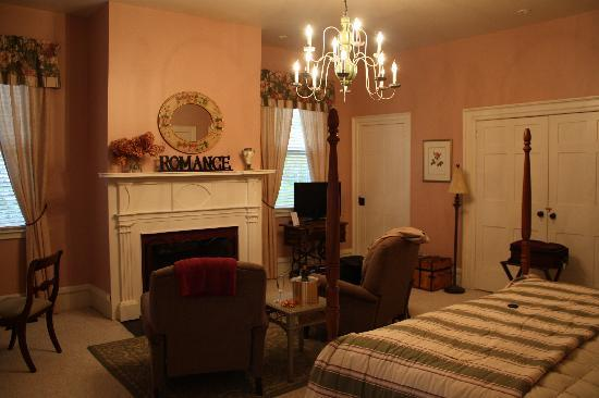 Bed & Breakfast at Oliver Phelps: Our suite