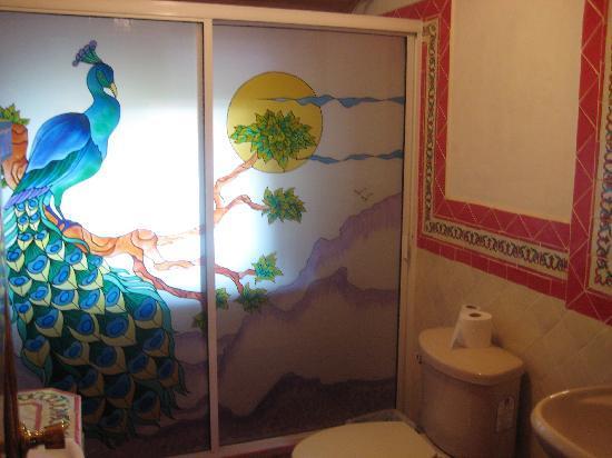Margarita's Plaza Mexicana: Bathroom