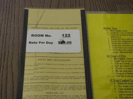 Lamar Inn & Suites: Room rates posted, I paid more