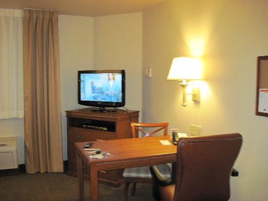 Candlewood Suites Lakewood: Work area
