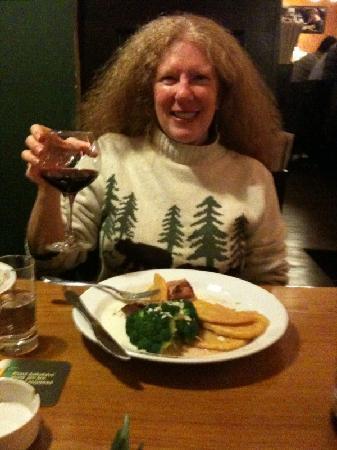 Kolkovna Savarin : Enjoying the wine and food