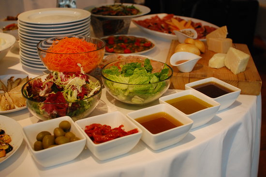 W52: Lunch Antipasti Buffet