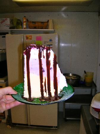 Johnson's Cafe: Huckleberry Ice Cream Pie