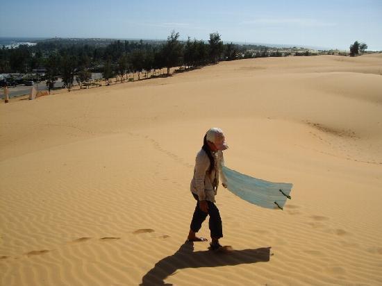 Phan Thiet, Vietnam: Red Dunes