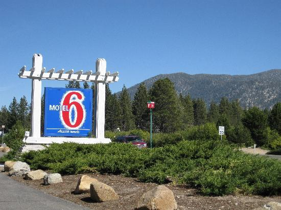 Motel 6 South Lake Tahoe: Entrance