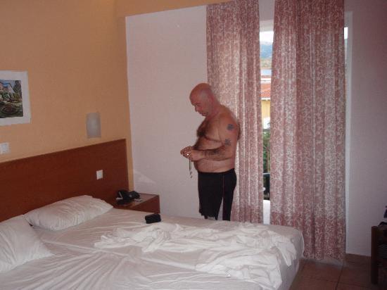 Anassa Hotel: one of the bedrooms