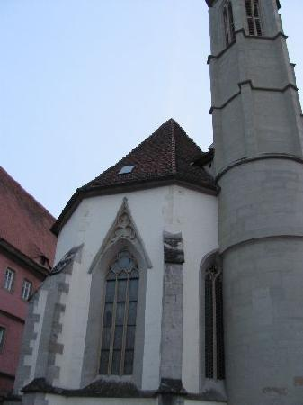 Holy Ghost Church: back of the church at the streetside
