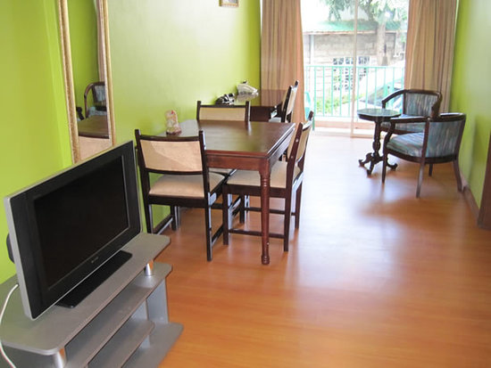 Progressive Park Hotel: One Bedroom Apartment