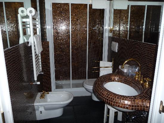 Ca' Pagan: Casanova Bathroom