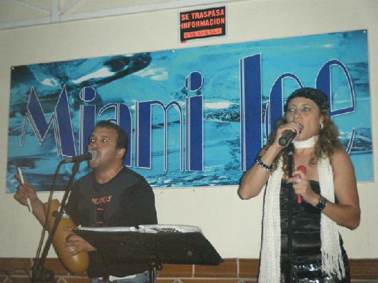 Miami Ice Bar: Live Music On The Second Anniversary