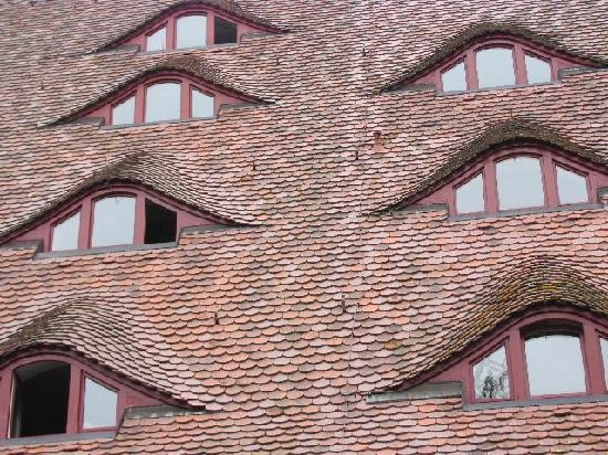 JH Rothenburg: lots of 'eyes' at the roof