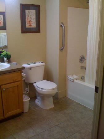 WorldMark Windsor: Master bathroom in our 2 bedroom unit