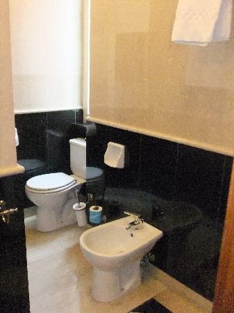 Hotel Donatello: 部屋のトイレ&ビデ