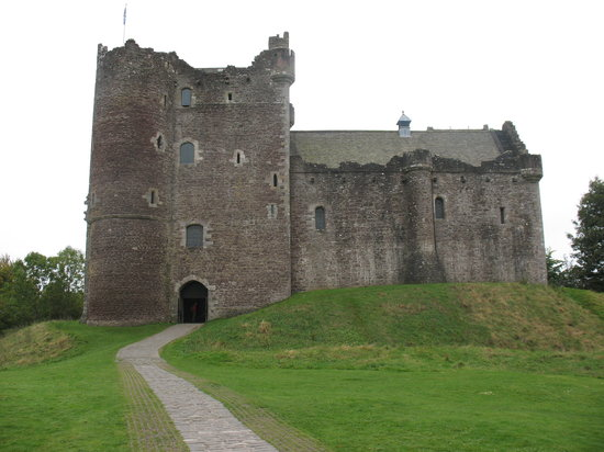 "Timberbush Tours Glasgow - Day Tours: Old Scottish castle, also known as shoot location for ""Monty Python and the Holy Grail."""