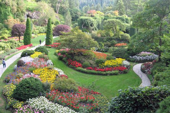 Butchart Gardens: The Sunken Garden in late afternoon
