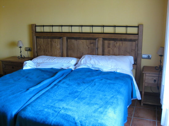 Eparoz, Spagna: Our bedroom