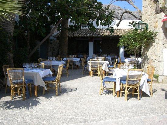 Restaurant Corb Mari: Porche Restaurante