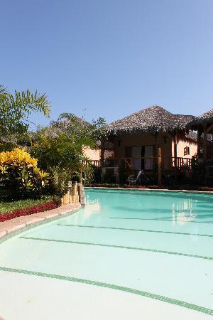 Hotel Le Zahir Lodge Nosy Be : piscina